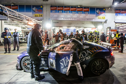 Parada en boxes para #88 Stadavita Racing Team Aston Martin Vantage V8 GT4: Scott Preacher, Robert T