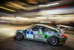 Parada en boxes para #74 Getspeed Performance Porsche 997 GT3 Cup: Ulrich Berg, Patrik Kaiser, Maxence Maurice, Camilo Echevarria
