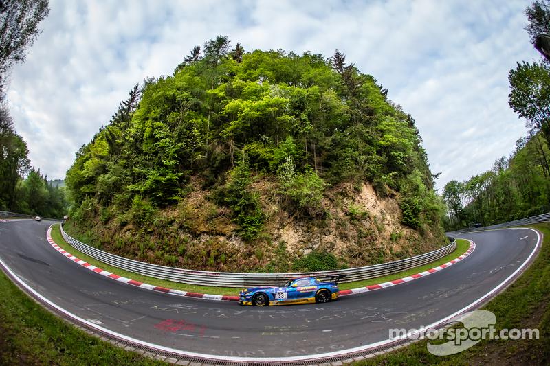 #33 Team Premio Mercedes-Benz SLS AMG GT3 : Rob Huff, Kenneth Heyer, Philipp Frommenwiler, Christian Krognes