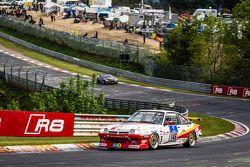 #146 Kissling Motorsport Opel Manta: Hans-Olaf Beckmann, Volker Strycek, Peter Hass, Jürgen Schulten