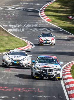 #312 Bonk Motorsport BMW M235i Racing: Ryu Seya, Yosuke Shimjima, Guy Stewart, Jürgen Meyer, #53 Gaz