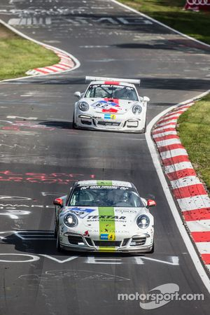#162 Black Falcon Porsche 911 Carrera: André Kuhn, Christian Schmitz, Helmut Weber