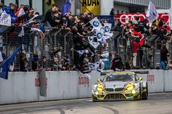 Checkered flag: #25 Marc VDS Racing BMW Z4 GT3: Maxime Martin, Lucas Luhr, Markus Palttala, Richard Westbrook