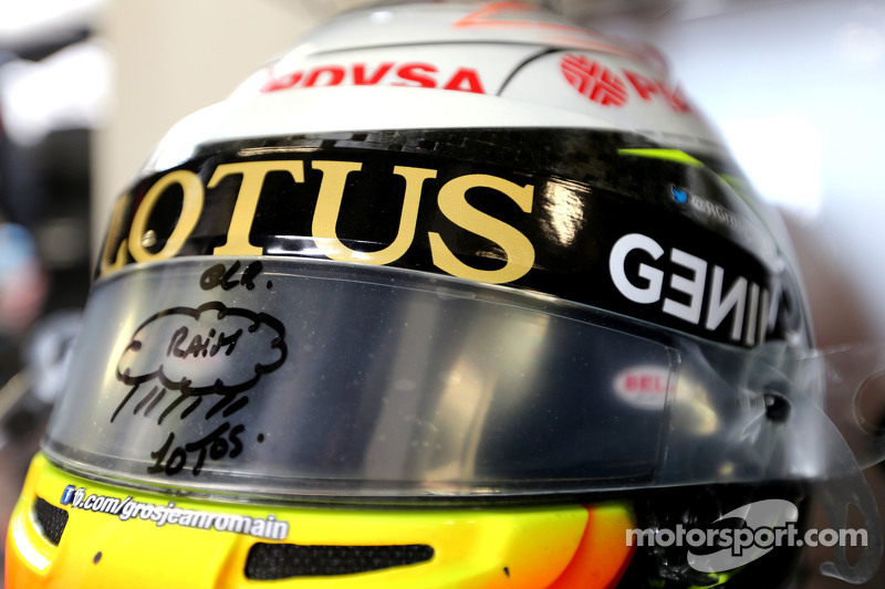 Helmet of Romain Grosjean, Lotus F1 Team