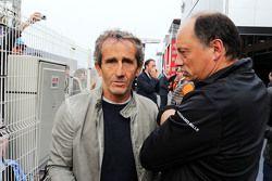 Alain Prost, avec Frederic Vasseur, patron d'ART GP