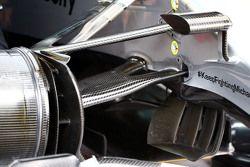 Mercedes AMG F1 W06 detalle de la suspensión delantera