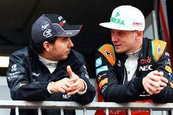 Слева направо: пилот Sahara Force India F1 Серхио Перес и его партнер по команде Нико Хюлькенберг
