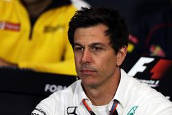 Тото Вольф совладелец и исполнительный директор Mercedes AMG F1