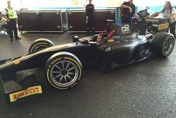 Pirelli GP2 car 18-inch tyre test
