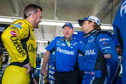Austin Dillon, Richard Childress Racing Chevrolet y Ricky Stenhouse Jr., Roush Fenway Racing Ford co