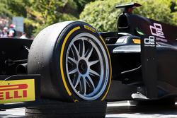 Демонстрационные заезды GP2 с 18-дюймовыми шинами Pirelli