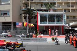 Podio: segundo lugar Alexander Rossi, Racing Engineering y ganador Stoffel Vandoorne, ART Grand Prix