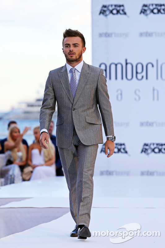 Will Stevens, Manor F1 Team, all'Amber Lounge Fashion Show