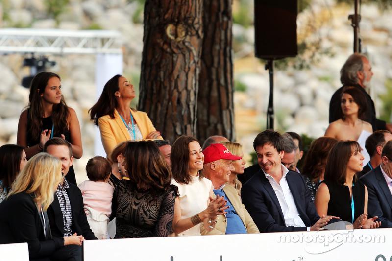 Нікі Лауда, Невиконавчий голова Mercedes та Тото Вольф, Виконавчий директор Mercedes AMG F1 та акціонер at the Amber Lounge Fashion Show