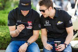 James Jakes, Schmidt Peterson Motorsports and Justin Wilson, Andretti Autosport Honda