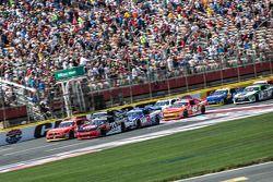 Start: Austin Dillon, Richard Childress Racing, Chevrolet, in Führung