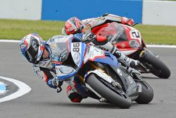 Ayrton Badovini, BMW Motorrad Italia y Leon Camier, MV Agusta