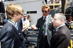 Андреа Альбер Пьер Казираги, племянник принца Монако Альберта, на стартовой решетке с Жаном Тодтом,