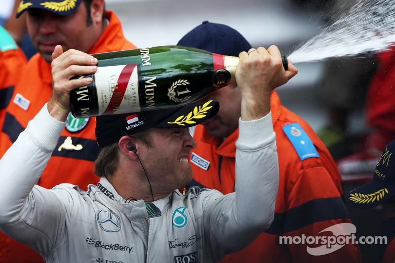 Kazanan Nico Rosberg, Mercedes AMG F1