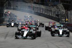 Старт гонки - Льюис Хэмилтон, Mercedes AMG F1 Team