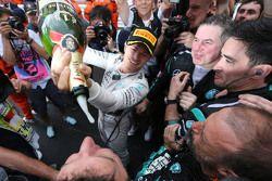 Winnaar Nico Rosberg, Mercedes AMG F1 Team