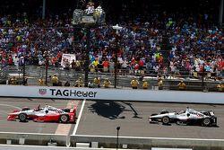 Juan Pablo Montoya, Team Penske Chevrolet et Will Power, Team Penske Chevrolet