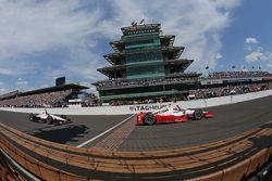 Juan Pablo Montoya, Team Penske Chevrolet remporte les 500 miles d'Indianapolis