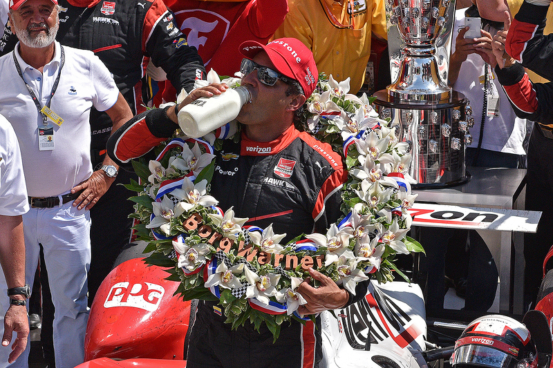 2015 - Recém-saído da Nascar, Juan Pablo Montoya conquista o bi