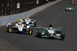 Josef Newgarden, CFH Racing Chevrolet y Carlos Muñoz, Andretti Autosport Honda