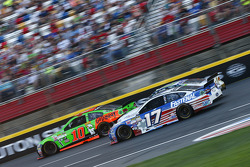 Danica Patrick, Stewart-Haas Racing, Chevrolet, und Ricky Stenhouse jr., Roush Fenway Racing, Ford