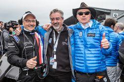 Jim Glickenhaus with Scuderia Cameron Glickenhaus team members