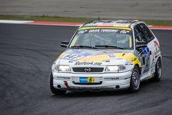 #147 MSC Adenau e.V. in ADAC Opel Astra Gsi: Tobias Jung, Jessica Schüngel, Ulrich Schüngel, Jörg Mo