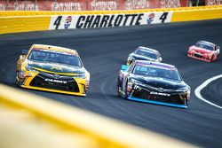 Matt Kenseth, Joe Gibbs Racing Toyota y Denny Hamlin, Joe Gibbs Racing Toyota