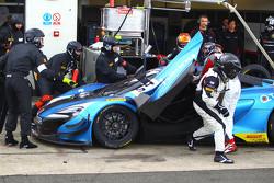 #54 Attempto Racing McLaren 650S GT3: Vadim Gitlin, Antti Buri, Oliver Webb