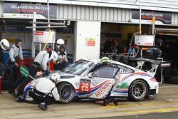 #28 Delahaye Racing Team Porsche 997 GT3 R : Pierre Bordet, Alexandre Viron, Emmanuel Orgeval