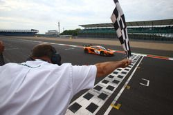 #58 Von Ryan Racing McLaren 650S: Shane van Gisbergen, Robert Bell, Kevin Estre takes the win