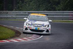 #250 Team Schirmer Opel Astra OPC Cup: Volker Strycek, Markus Oestreich, Moritz Oestreich, Robin Str