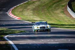 #84 Bentley Team Bentley Continental GT3: Jeroen Bleekemolen, Lance David Arnold, Christian Menzel,