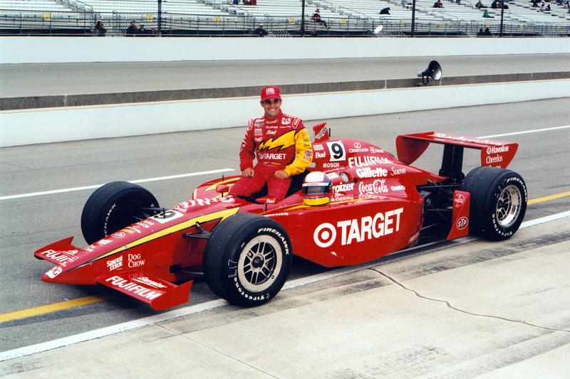 Em 2000, Juan Pablo Montoya venceu as 500 Milhas de Indianápolis