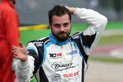 Stefano Comini, SEAT Leon, Target Competition retires from the race