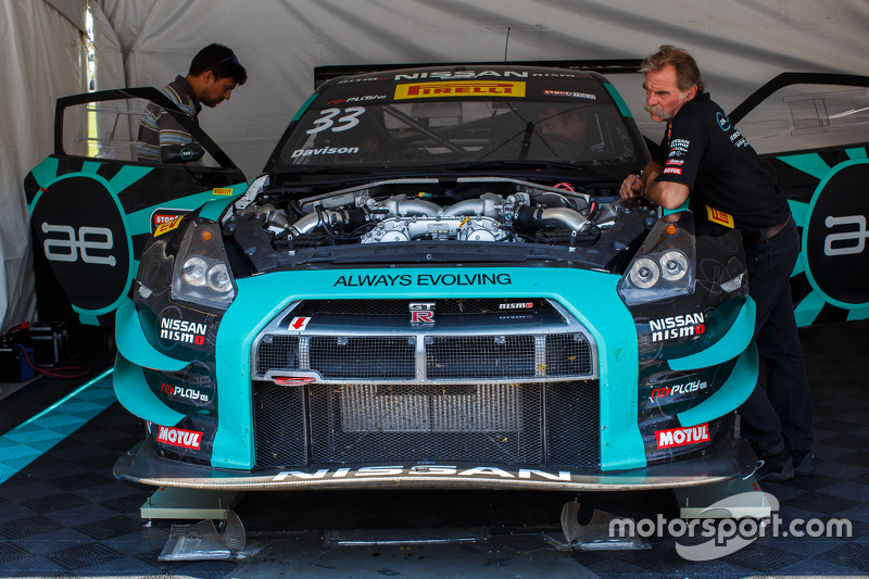 #33 Always Evolving Racing, Nissan GT-R-GT3: James Davison