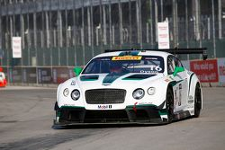 #16 Team Bentley Dyson Racing, Bentley Continental GT3: Chris Dyson