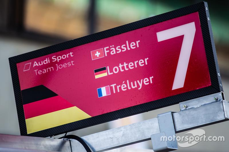 Boxentafel für #7 Audi Sport Team Joest, Audi R18 e-tron quattro