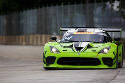 #54 Black Swan Racing, Dodge Viper GT3R: Tim Pappas