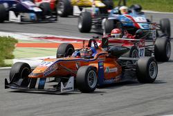 Mikkel Jensen, Mücke Motorsport Dallara Mercedes-Benz y Lance Stroll, Prema Powerteam Dallara Merced