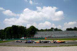 Антонио Джовинацци, Jagonya Ayam with Carlin Dallara Volkswagen, Шарль Леклер, Van Amersfoort Racing