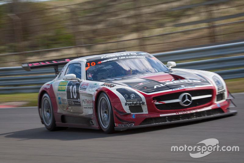 #10 Hofor Racing Mercedes SLS AMG GT3: Michael Kroll, Roland Eggimann, Kenneth Heyer, Christiaan Fra