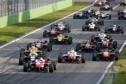 Inicio: Felix Rosenqvist, Prema Powerteam Dallara Mercedes-Benz lider