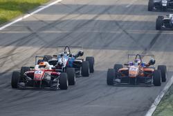Brandon Maisano, Prema Powerteam Dallara Mercedes-Benz y Fabian Schiller, Team West-Tec F3 Dallara M