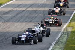 George Russell, Carlin Dallara Volkswagen y Sergio Sette Camara, Motopark Dallara Volkswagen y Doria